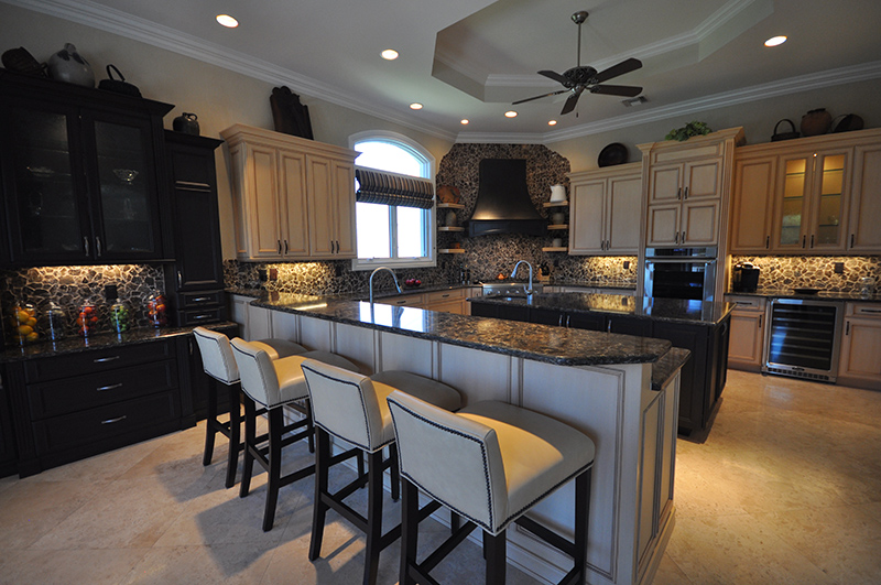 Naples Kitchen Remodeling - Kozy
