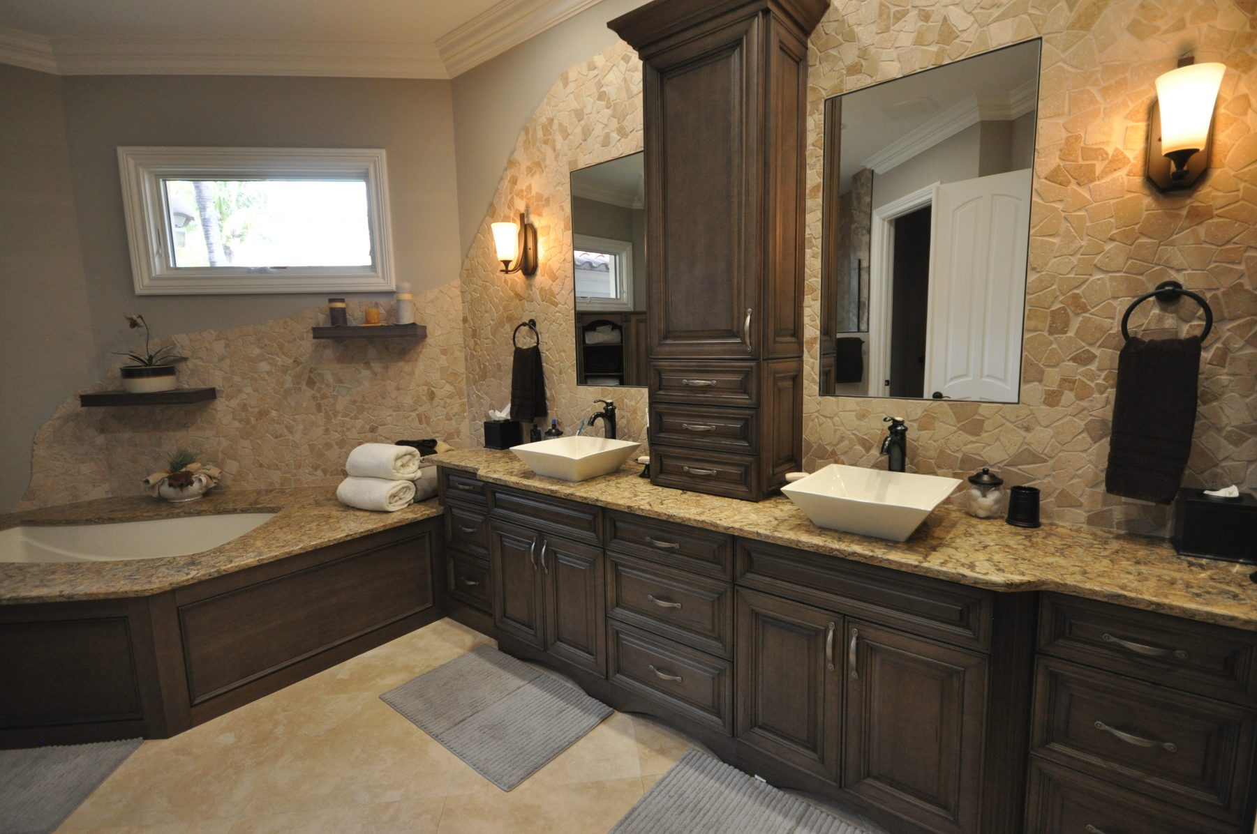 Naples Bathroom Remodeling - Kozy