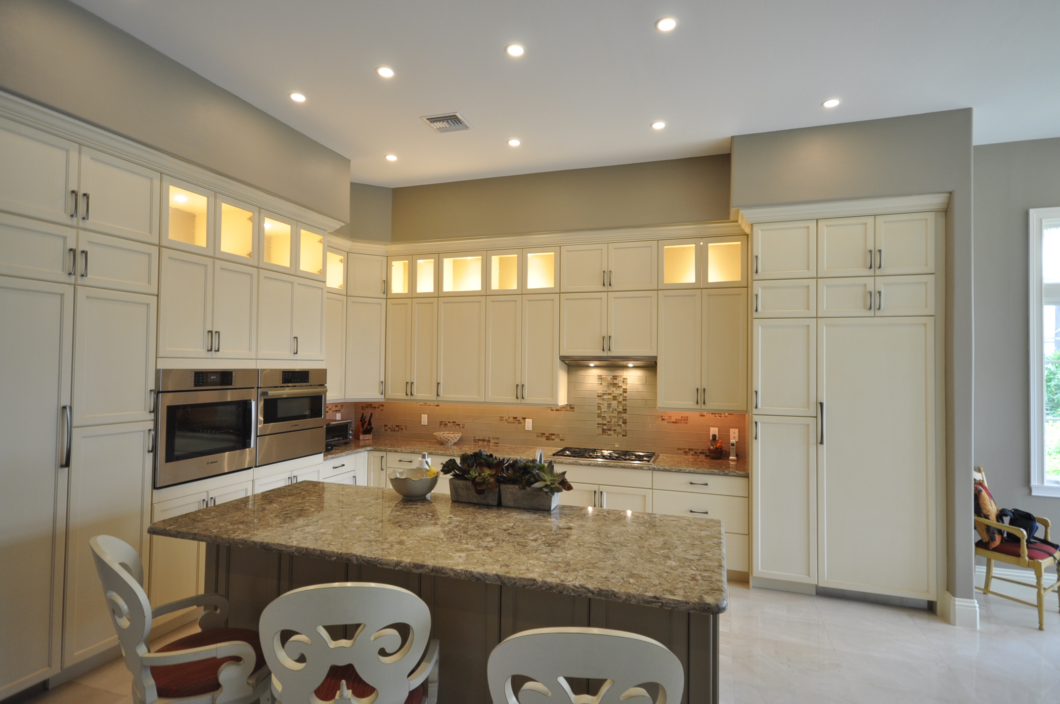 Naples Kitchen Remodeling - Perron